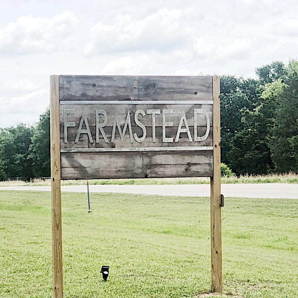 farmstead round top